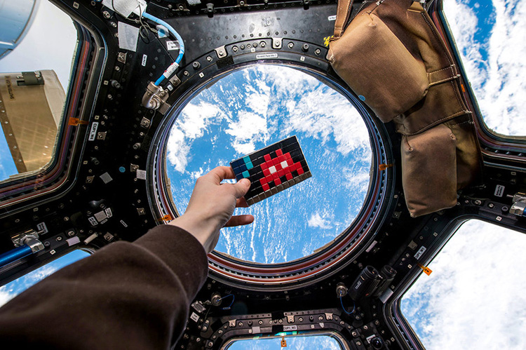 space-invader-ISS-journal